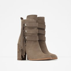 Bottines à franges, Zara, 69,95 euros