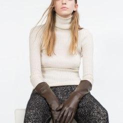 Gants longs en cuir, Zara, 49,95 euros