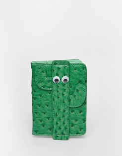 Porte-passeport cactus, SkinnyDip, 19,99 euros