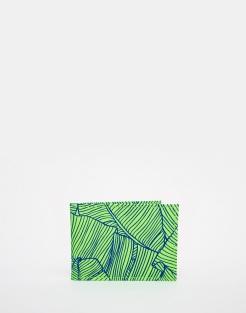 Porte-cartes de voyage en cuir vert, Undercover, 13,99 euros