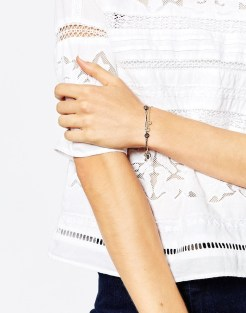Bracelet chaînes multi-rangs, Warehouse, 10,99 euros