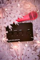 Kit de karaoké Lucky Voice, Urban Outfitters, 39 euros
