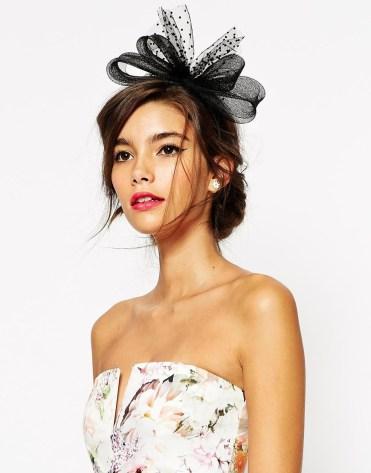 Serre-tête style bibi, Asos Wedding, 13,99 euros