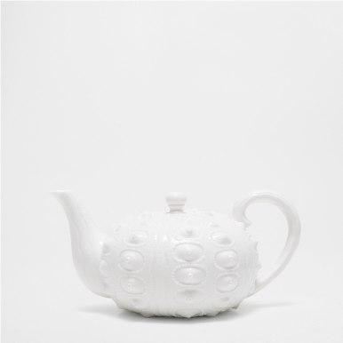 Théière en porcelaine relief cercles, Zara Home, 29,99 euros