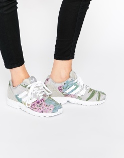 Baskets à fleurs ZX Flux, Adidas Originals sur Asos, 103,99 euros
