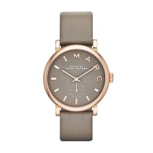 Montre Baker taupe, Marc Jacobs, 200 euros