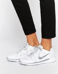 Baskets Free 5.0 Tr Fit, blanc et argent, Nike sur Asos, 124,99 euros