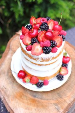 sweetlycakes.com
