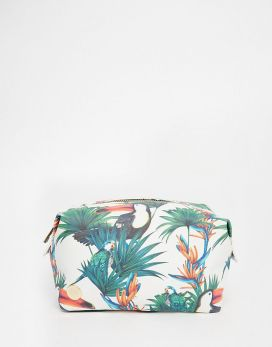 Trousse à maquillage motif jungle, MiPac sur Asos, 25,99 euros