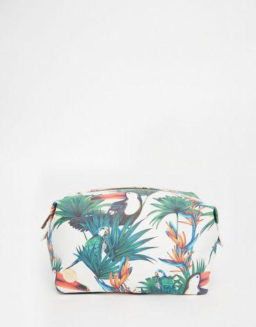 Trousse à maquillage motif jungle, MiPac sur Asos, 25,99 euros