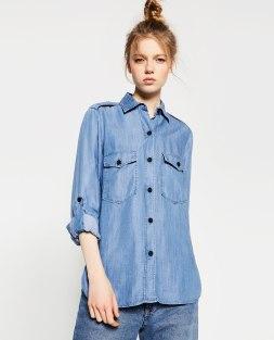 Chemise militaire en jean, Zara, 39,95 euros