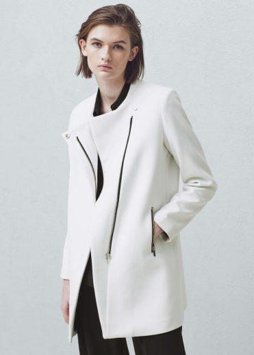 Manteau droit poches, Mango, 44,99 euros