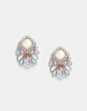 Boucles d'oreilles ornées de pierres, New Look, 8,99 euros