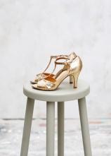 Sandales High Salomés glitter doré, Sézane, 150 euros