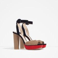 Sandales à plateforme assorti, Zara, 49,95 euros