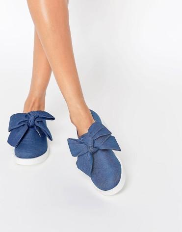 Chaussures plates avec nœud fantaisie Minnie, Asos, 46 euros