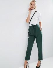 Pantalon carotte avec ceinture Obi, Asos, 34 euros