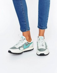 Baskets Air Pegasus '83 argent clair, Nike, 90 euros