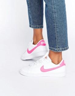 Baskets Classic Court Royale blanc et rose, Nike, 95 euros