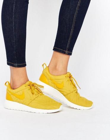 Baskets Roshe Feuille d'or, Nike, 110 euros
