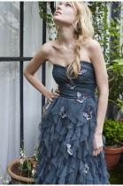 Robe princesse longue bustier avec papillons, 174,99 euros, Naf Naf