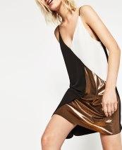 Robe métallisée couleur bloc, 29,95 euros, Zara